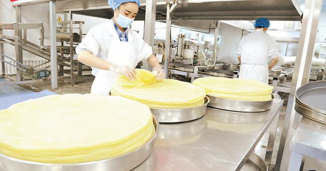 工作队出实招助馕产业园企业达产增效